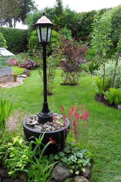 i Trädgården - utebelysning i trädgården, el, tillåtet, dra, behörig elektriker