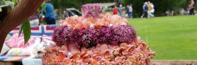 i trädgården - blomstertårta tårta gjord av blommor, Sofiero trädgårdsdag, dekorationer itradgarden.se