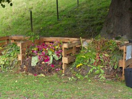 i trädgården - sätta igång kompost itradgarden.se